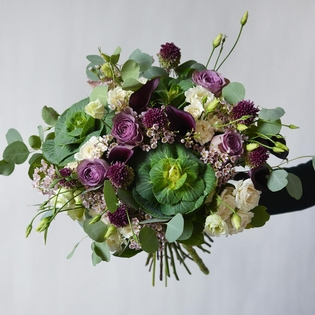 Le Bouquet Plum Hand-Tied